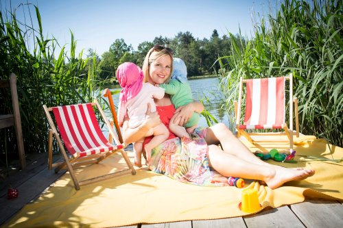 Claudia Weingärtner in Ihrem Ferienhaus am Elsensee